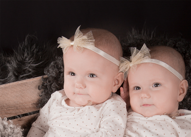 Bebis_tvilling_syster_610